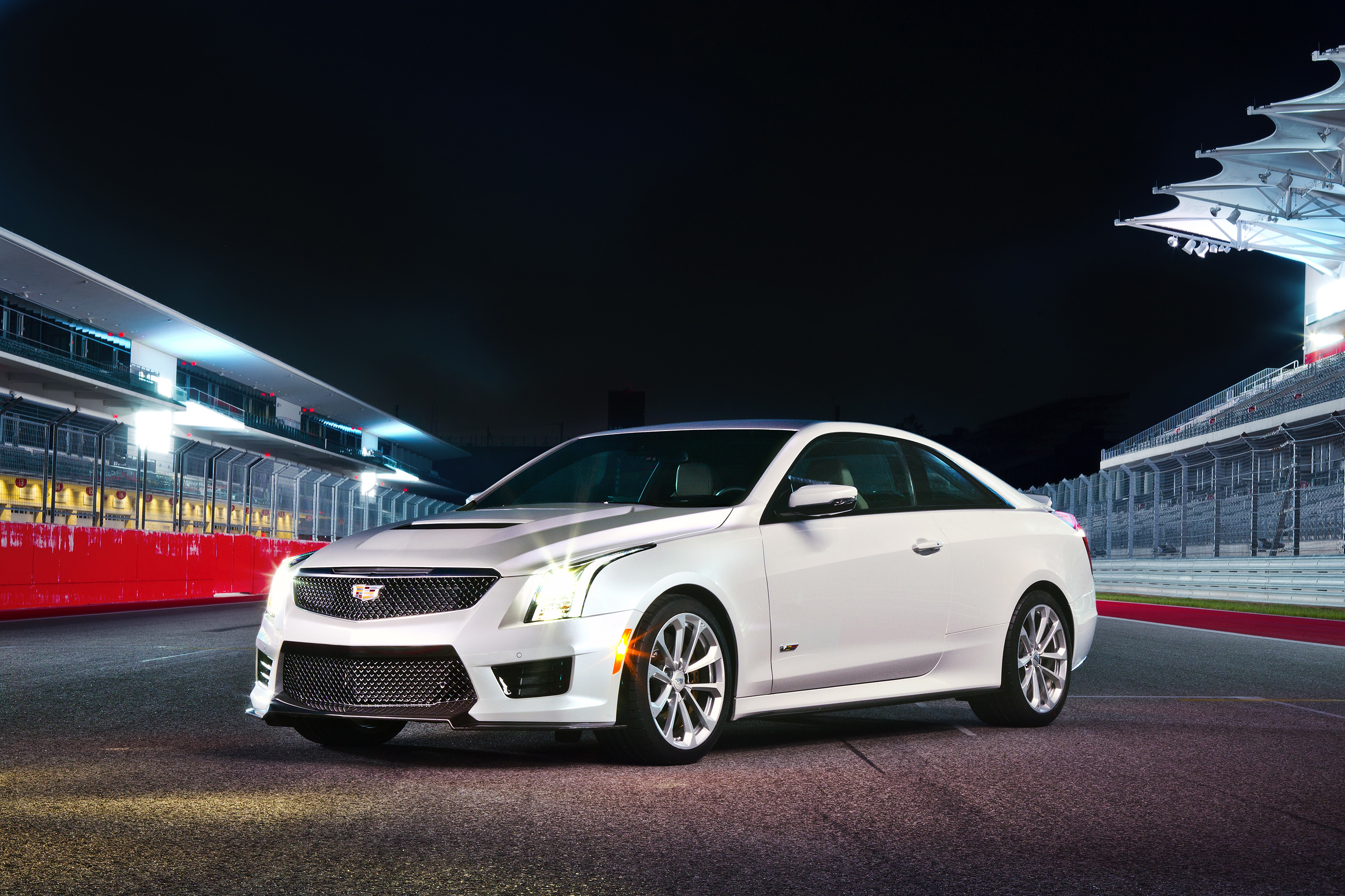 '16 Cadillac ATS-V: What You See Is What You Get | WardsAuto