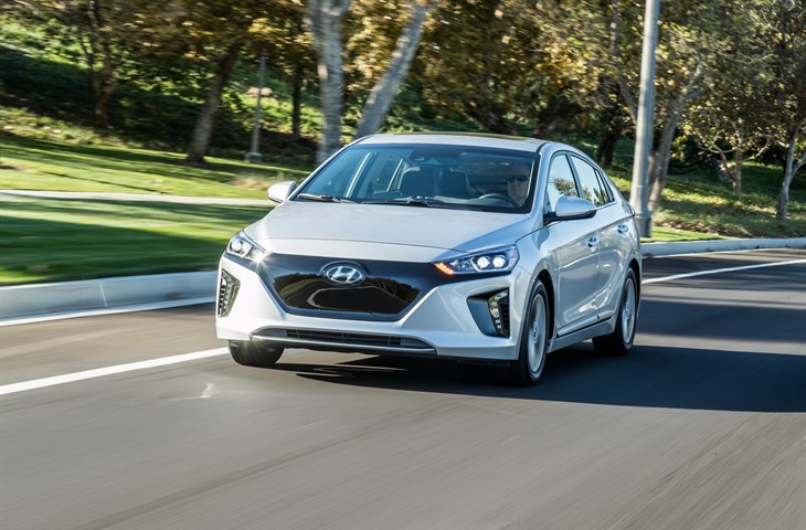 Los Angeles Auto Show Hyundai Ioniq Unlimited Satisfies