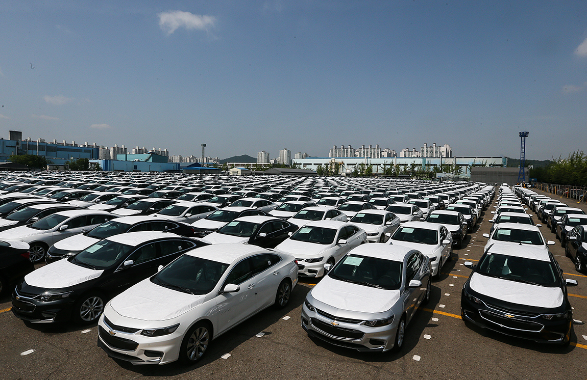 Automaker Looks To Chevy Bolt To Counter Spate