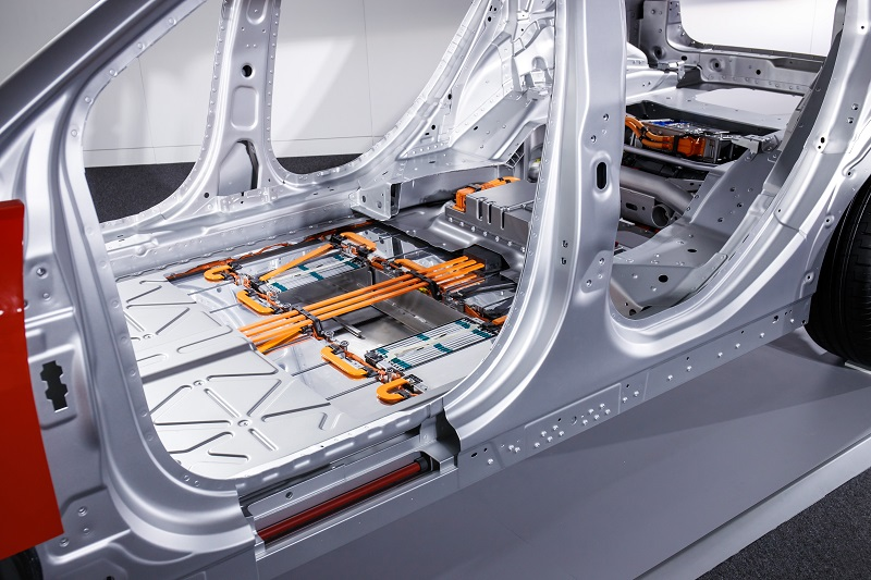 I-Pace 90 kWh Li-ion battery pack.