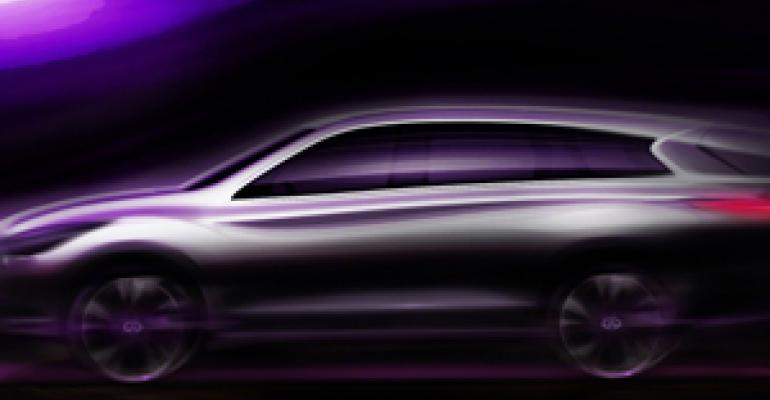 Infiniti Wooing Women With JX CUV