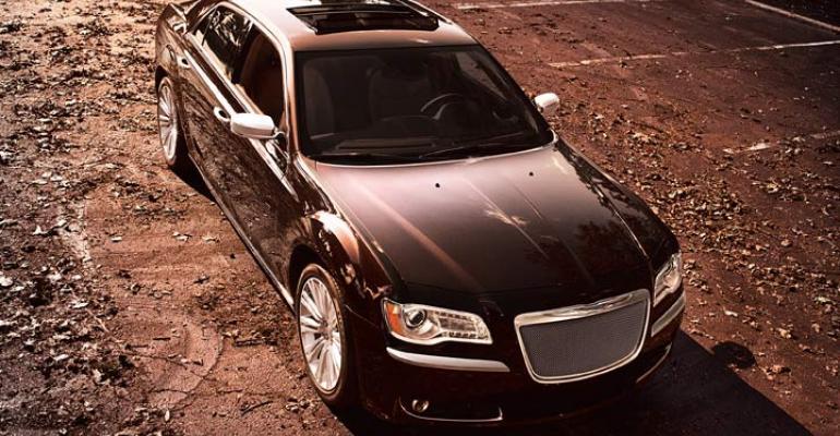 rsquo12 Chrysler 300 Luxury Series benefits from Italian design
