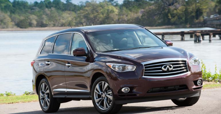 rsquo13 Infiniti JX offers three rows seven seats and lush interior