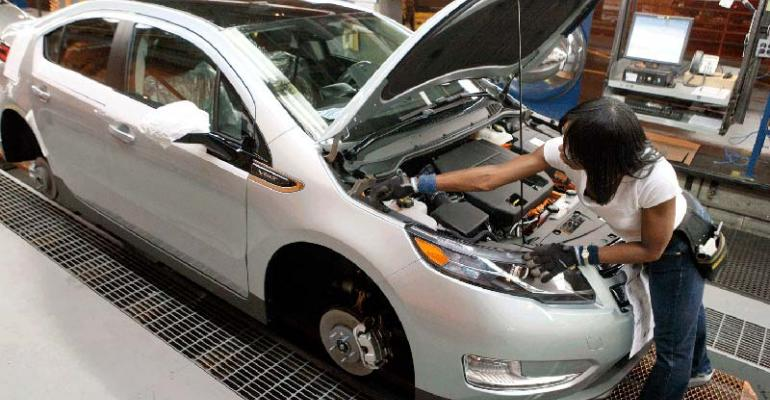 Researcher claims new power inverter could cut weight of Volt other EVs