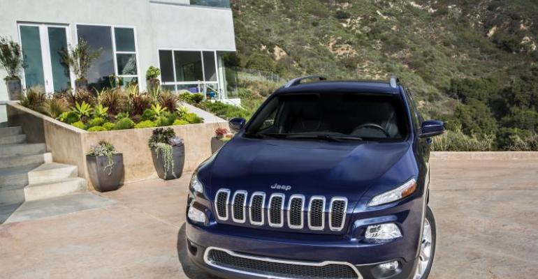New Cherokee revealed before planned auto show debut