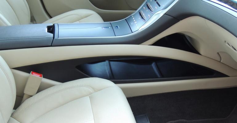 New Lincoln MKZ integrates storage bin beneath stylish center console