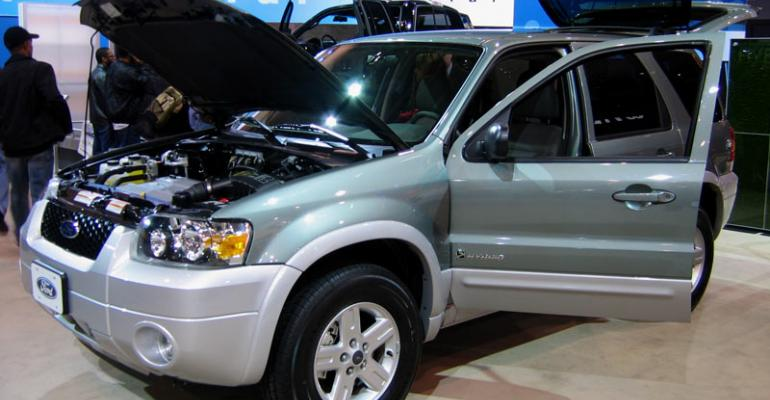 Ford regenerative brake system debuted on rsquo04 Escape HEV