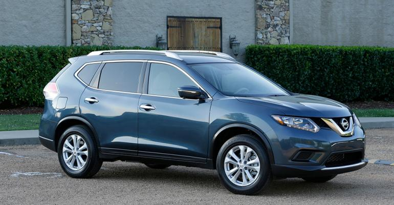 Nissan Aims for Bigger Segt Share With New '14 Rogue | WardsAuto