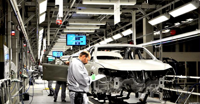 Automaker claims handsoff position on union representation