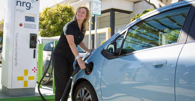 Station in San Diego is first public installation of industrycoordinated standard for fastcharging EVs