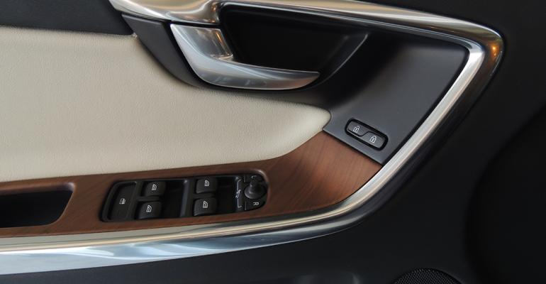 Mattefinish wood accents very handsome on Volvo XC60