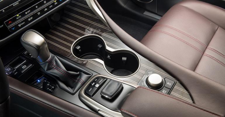 Sapele and aluminum trim in 3916 Lexus RX