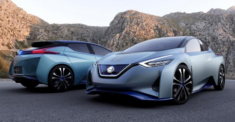 Front rear views of Nissan IDS concept