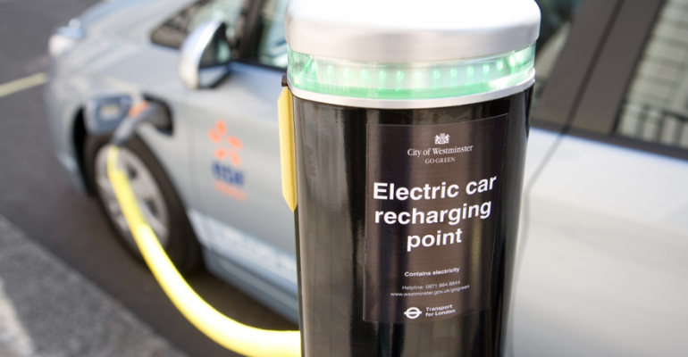 Cities won money with innovative ideas to roll out cuttingedge technology such as rapidcharging hubs and street lighting that can double as charging points