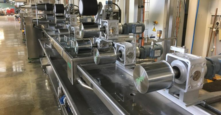 Wet spinningline machine creates base material for carbonfiber mix