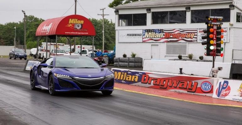rsquo17 Acura NSX at Milan Dragway