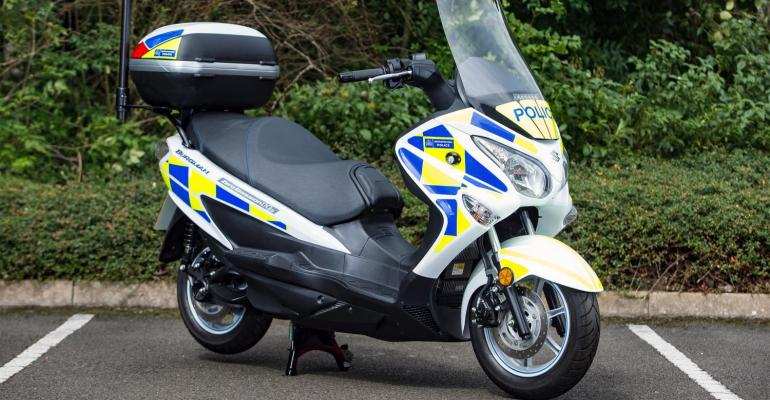 Fuelcell scooters on loan to London police from Suzuki for 18month trial