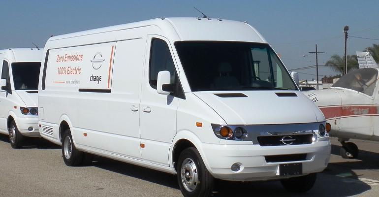 Maker of electric mediumduty truck claims 100 miles of range