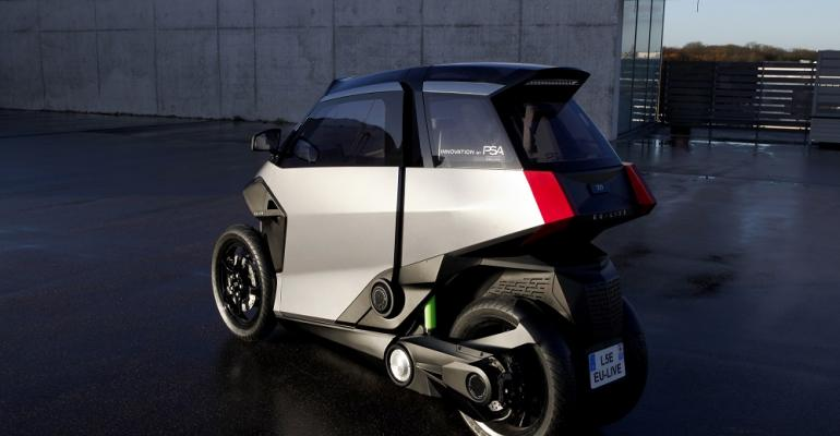 EULIVE hybrid carscooter has hybridelectric powertrain