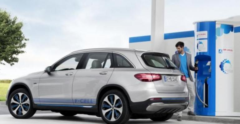 FCellrsquos refueling time of less than 3 minutes matches gasoline diesel models